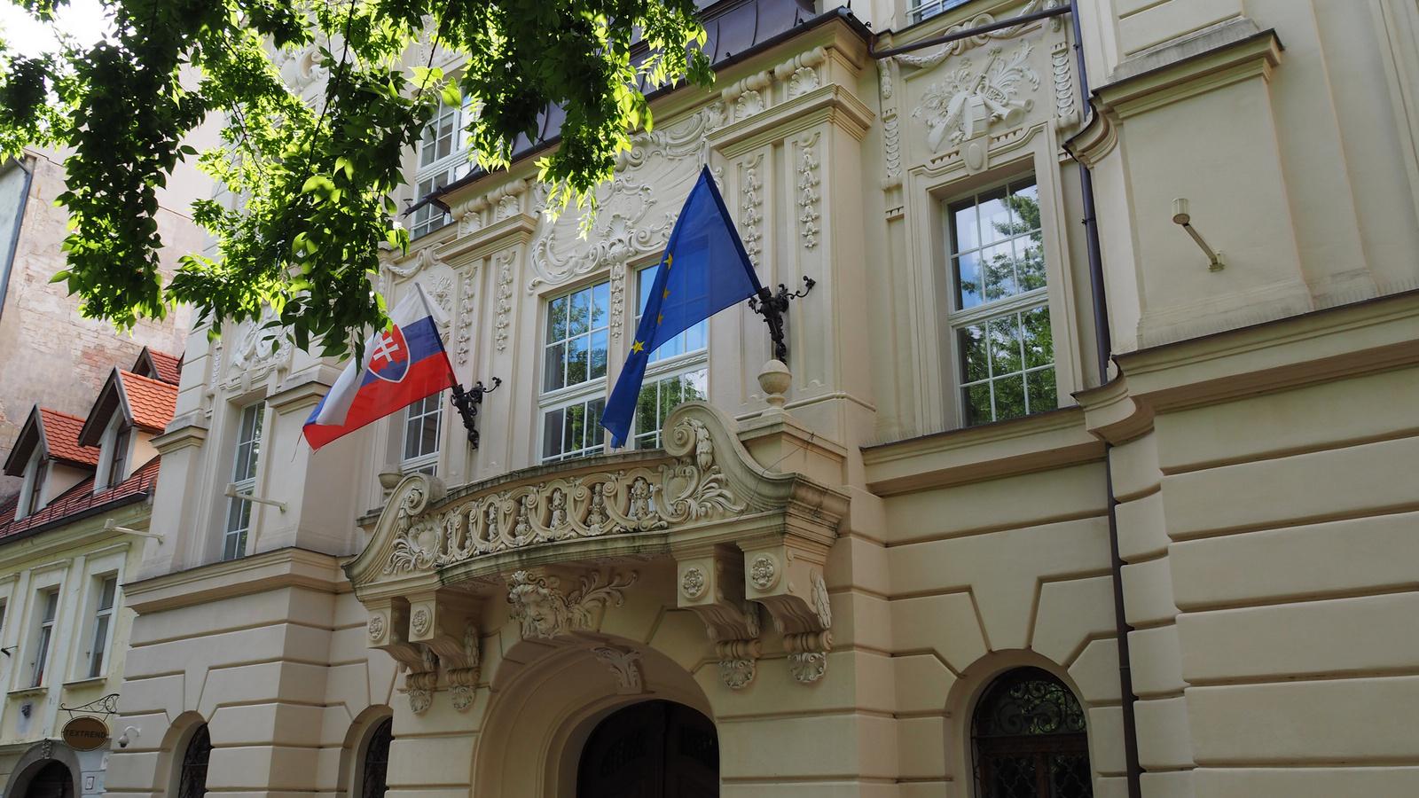 Pozsony, Pozsonyi Vigadó (Bratislava Reduta), SzG3