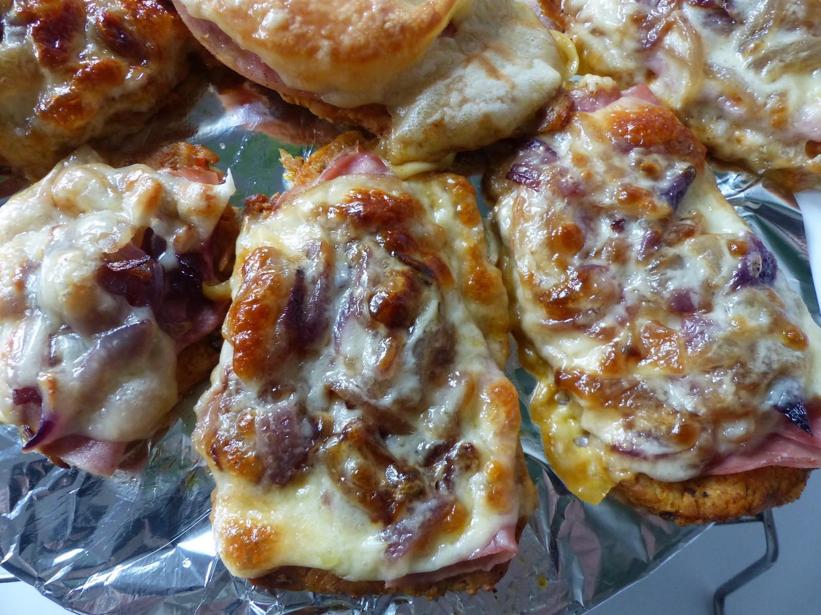 Hagymás-sonkás-sajtos sertéskaraj, SzG3