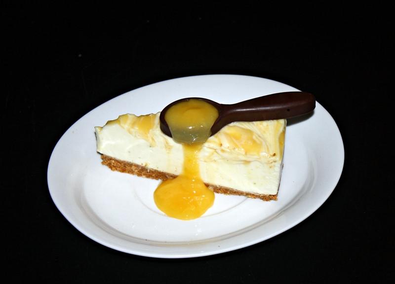 Citromos sajttorta csoki kanálkával
