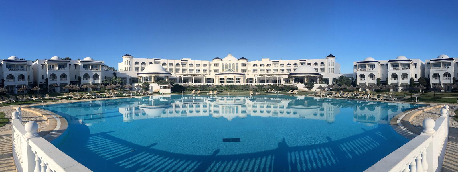 Resort panoráma