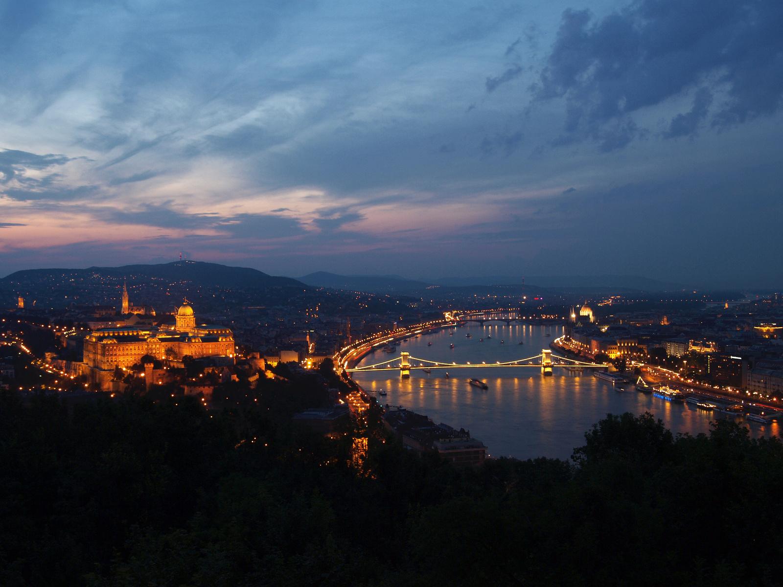 A királyi palota és Budapest
