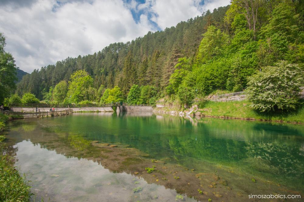 Myra-tó