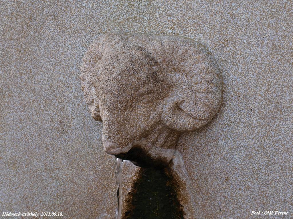 Hmvh-szobor 06