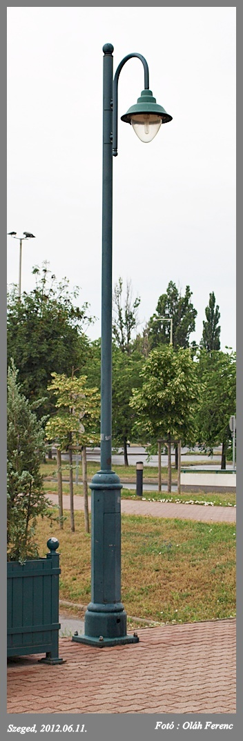 Lámpa 08