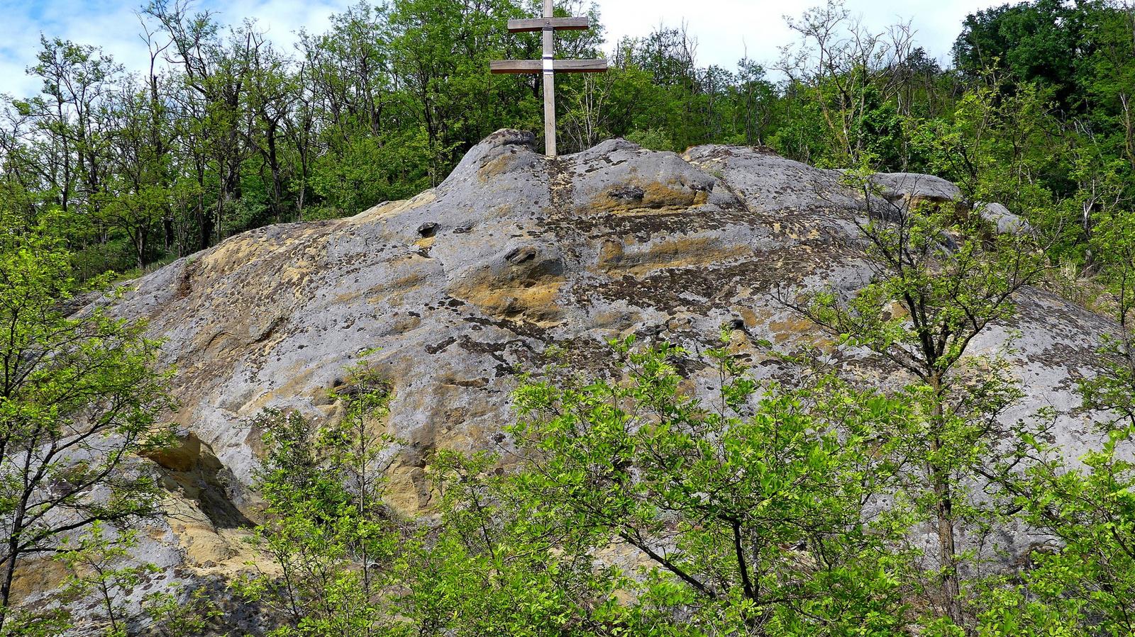 06 Vállós-kő Istenmezeje