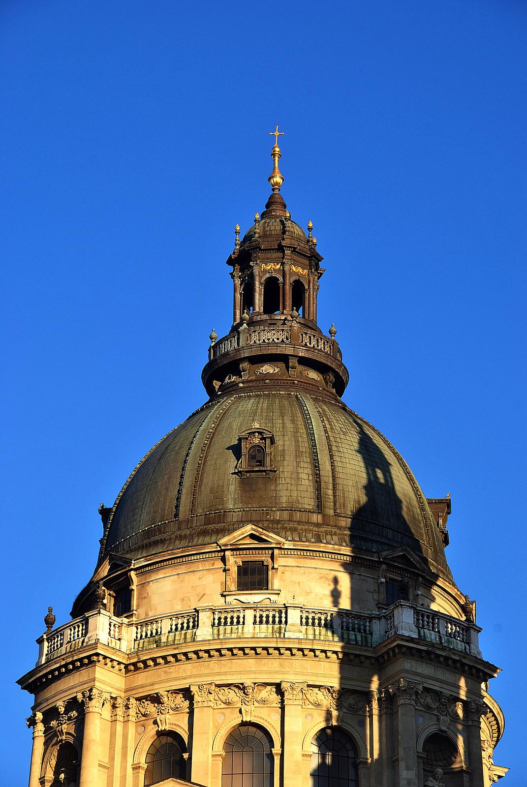 Árnyékos kupola