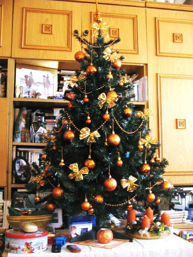 2008. narancssárga