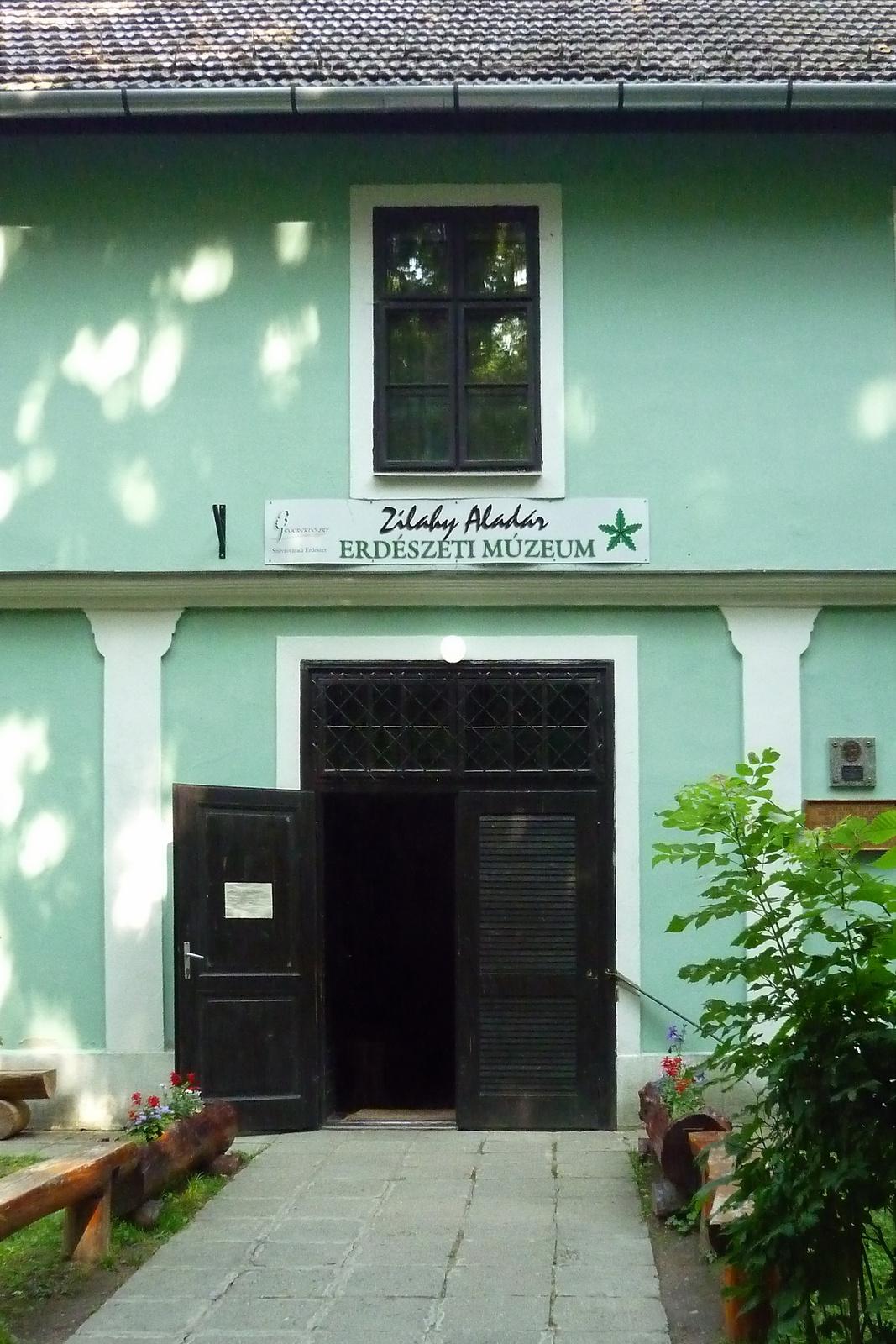 Múzeum 2.