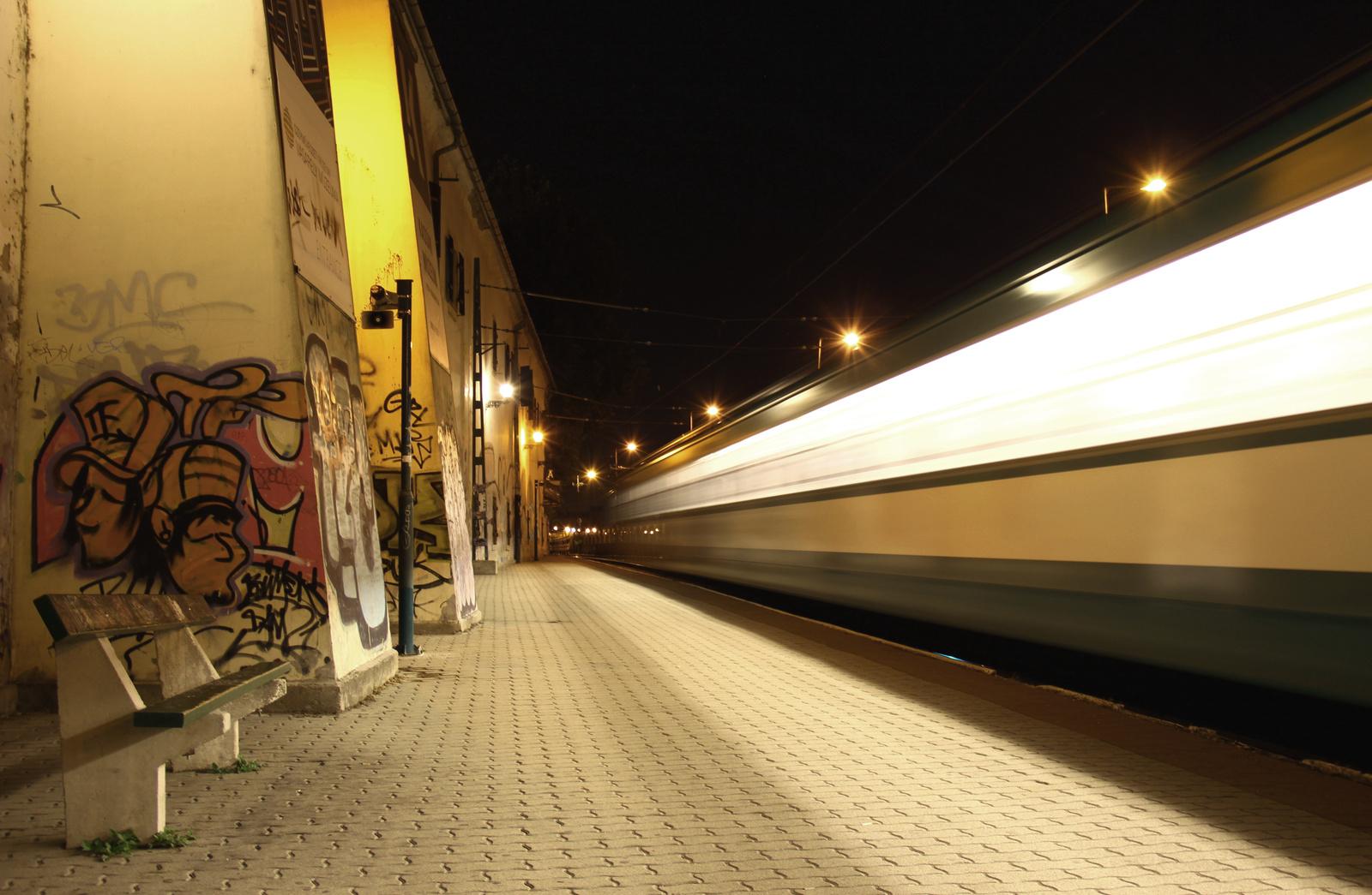 HÉV az Árpád-hídi megállónál